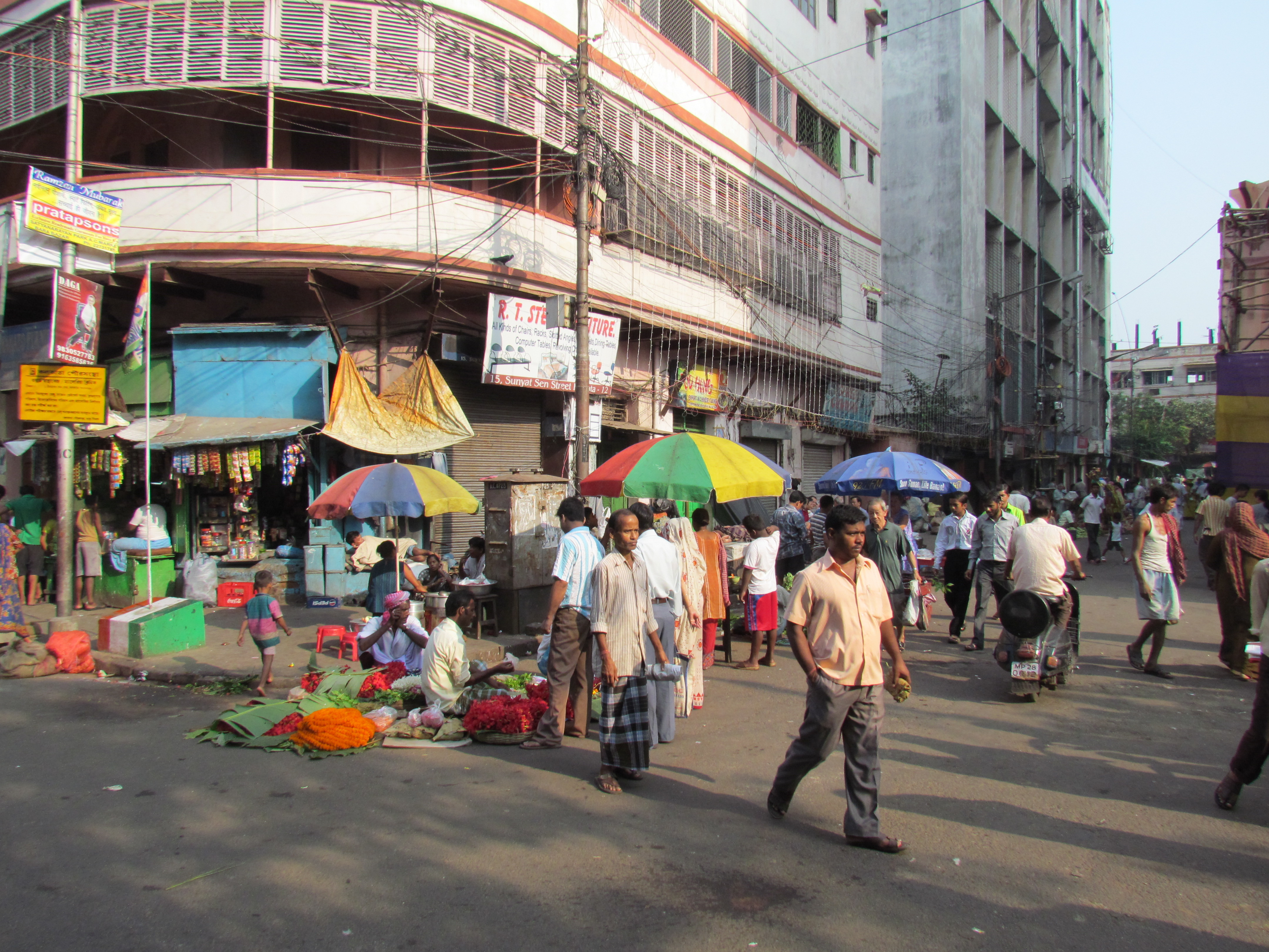 Tiretti Bazar Home Made Food Sold By Chinese Migrants On