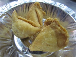 cocktail samosas