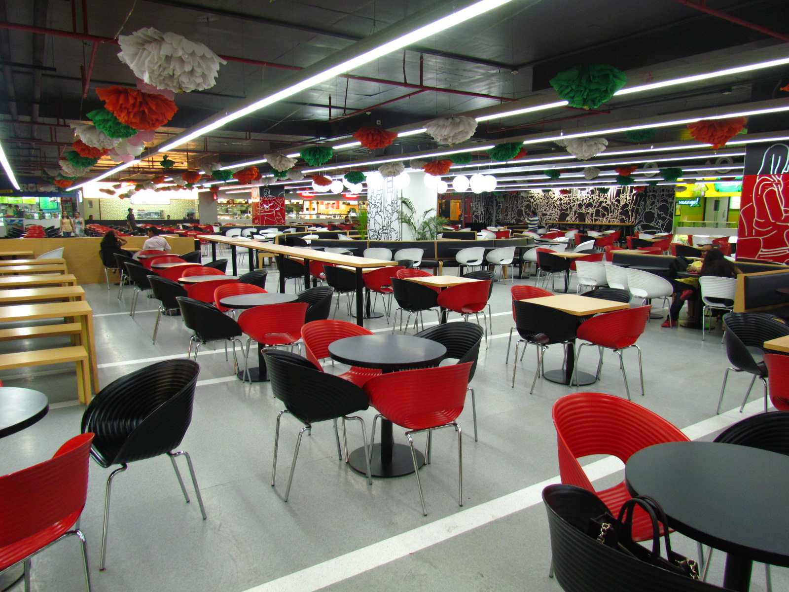 Moments Mall Food Court