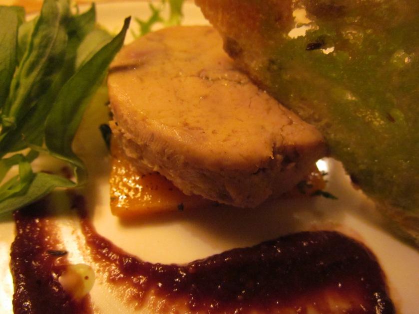 Presse of Goose liver, Caramelized macademia & fig glaze