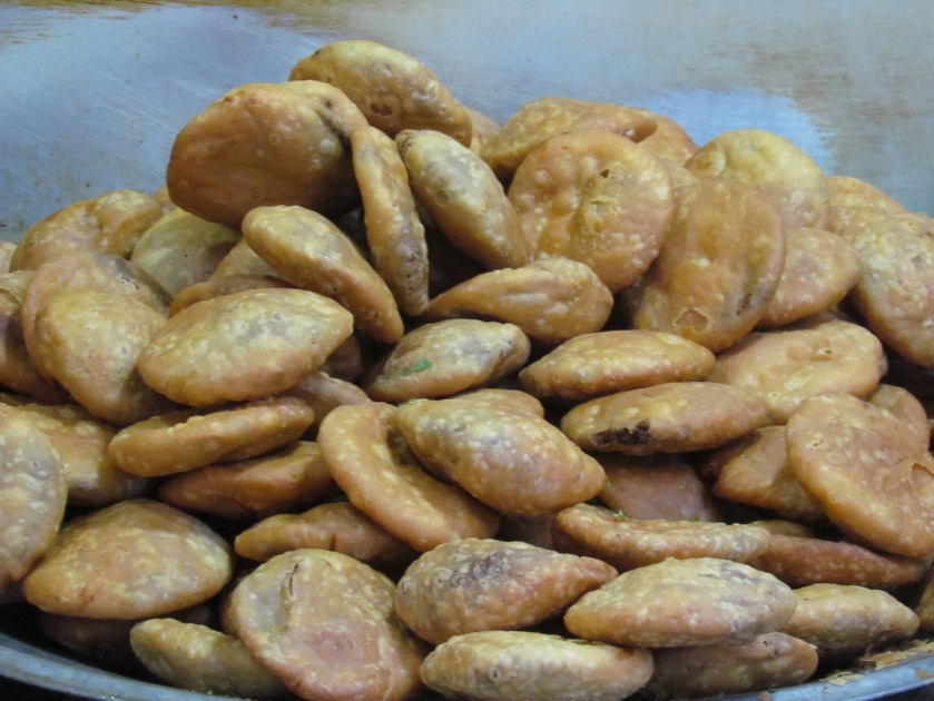 YUMM kachoris