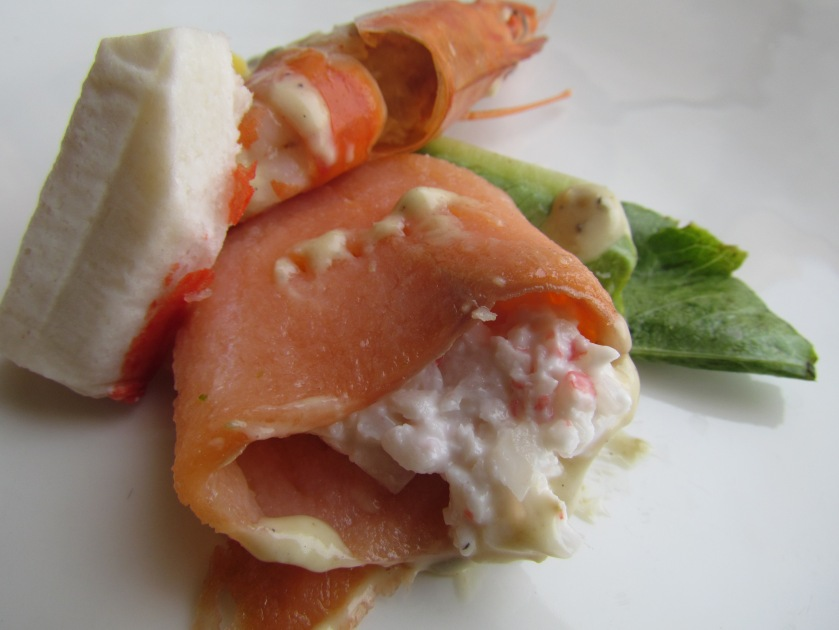salmon roll with crabmeat inside