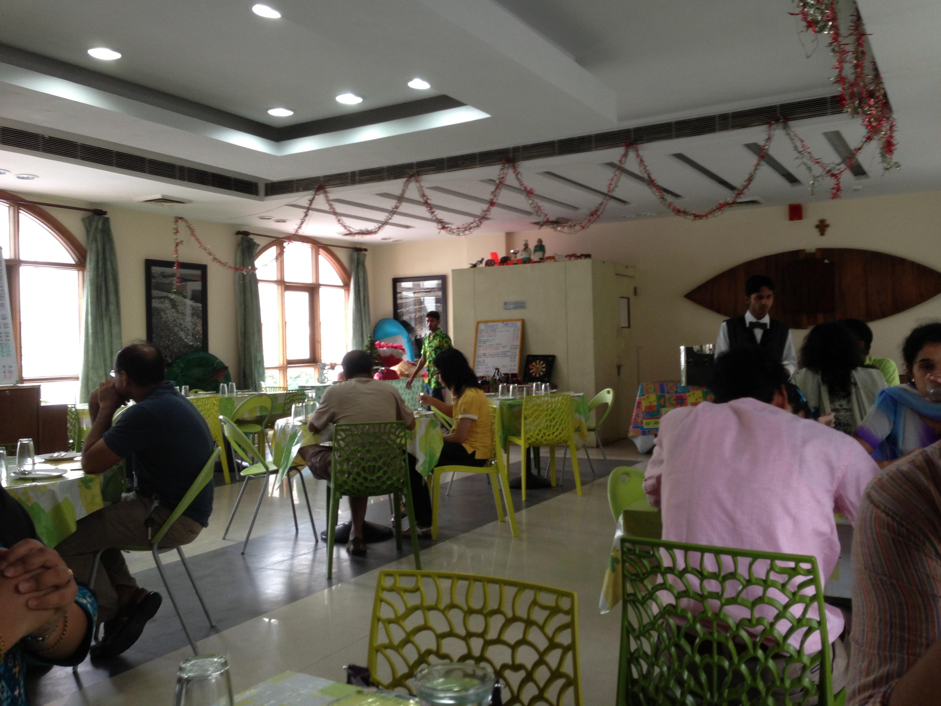 Viva O Viva Chanakyapuri 14 Goa Niwas Behind Akbar