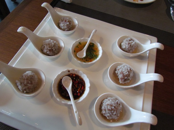Steamed pearl balls pork inside sticky rice