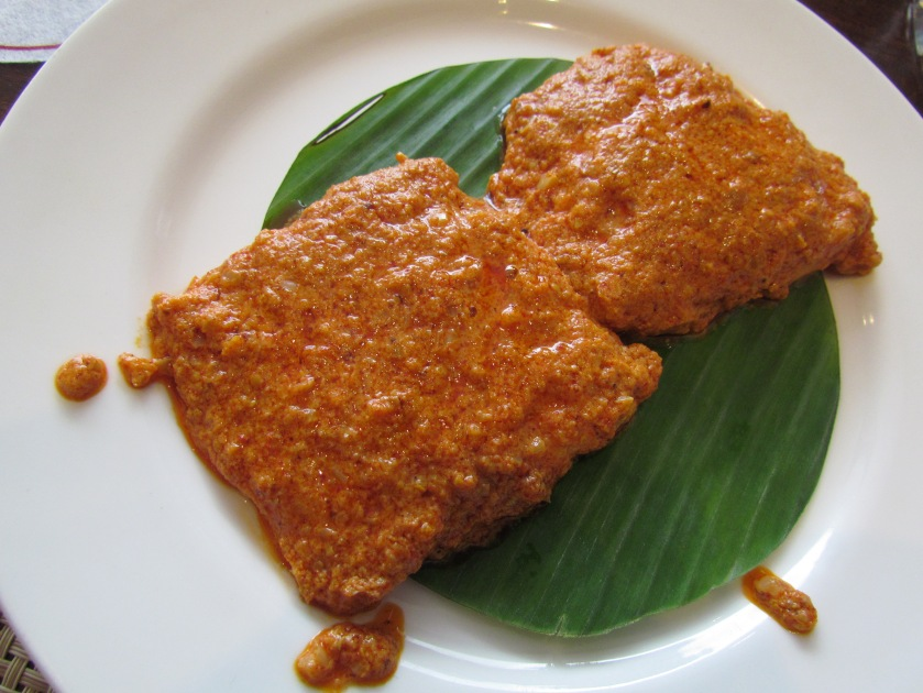 Roshun bhape maach
