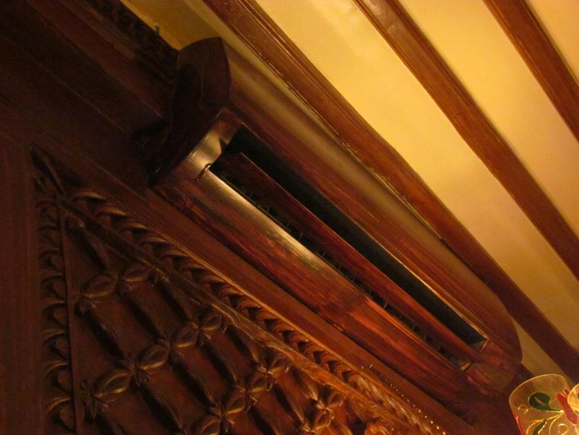split AC vent