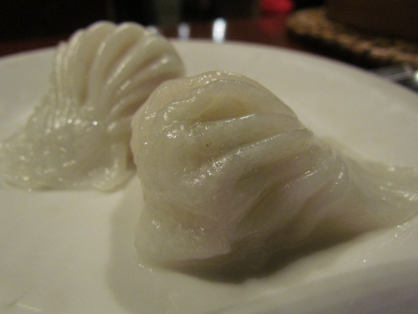Shrimp with water chestnut crystal dumpling