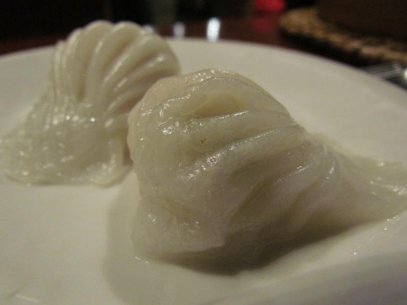 Shrimp with water chestnut crystal dumpling