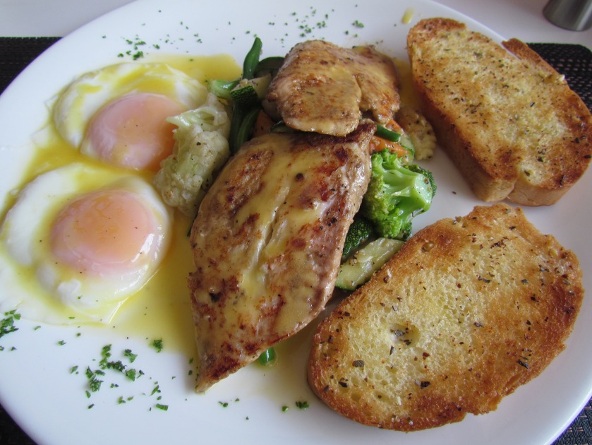 Grilled fish with grilled veggies & poached egg