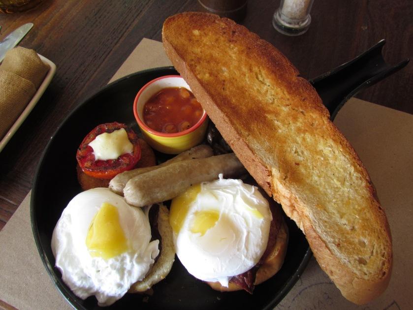 Breakfast carnivorous platter