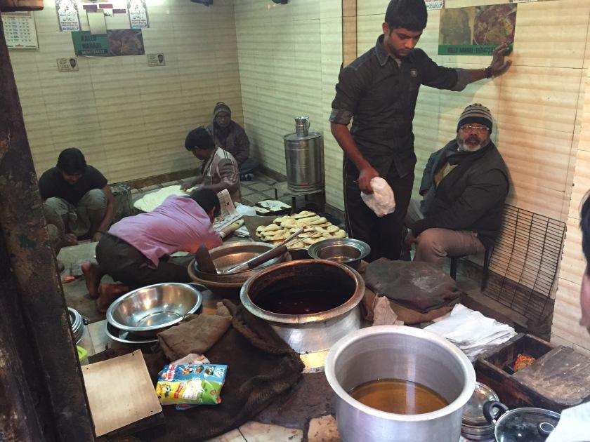 inside Kallu nihariwale shop