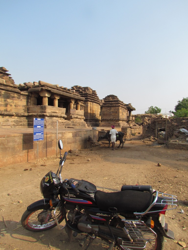 A nearby monument - not under direct protection of the Government it seems -  Tribals were living there still