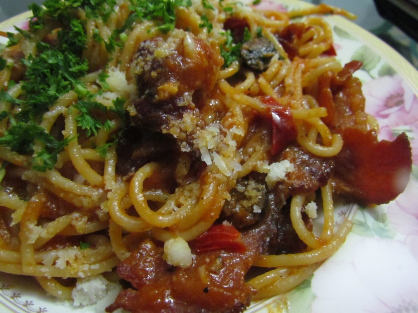 Laken Halle bacon - German cut bacon and tomato sauce pasta