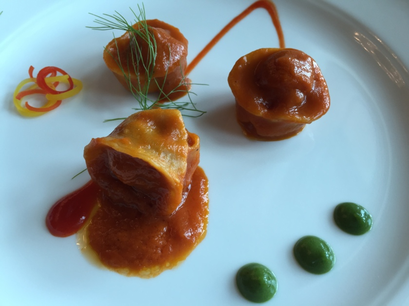Aubergine tortellini