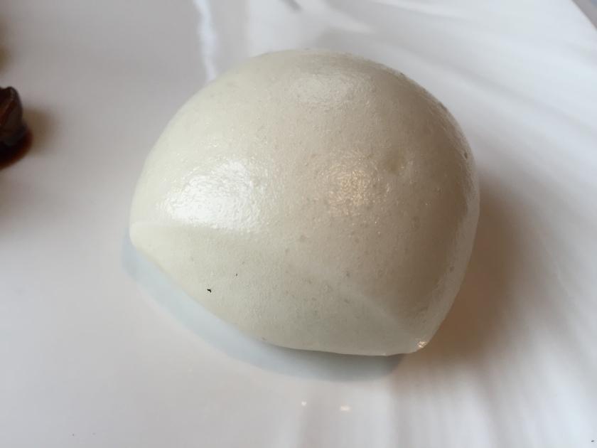 Steamed oat bun