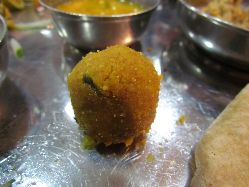 choorma laddoo