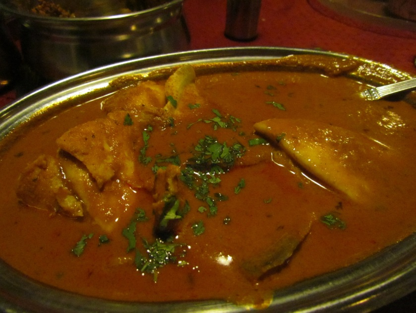 Pomfret curry boneless