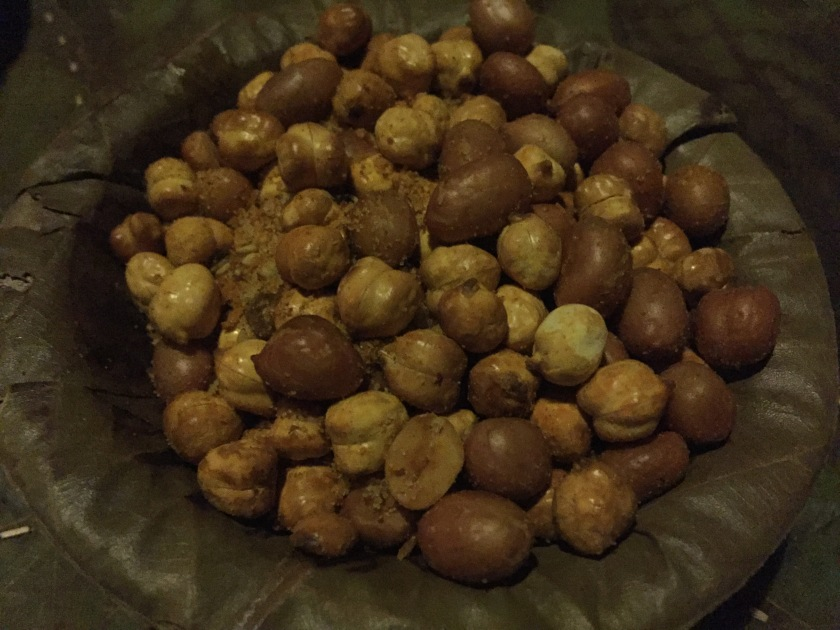 chana and peanuts - Make our own mix