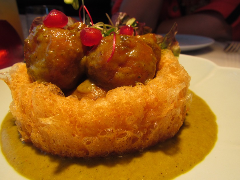 Lychee with taro ring in spicy curry sauce