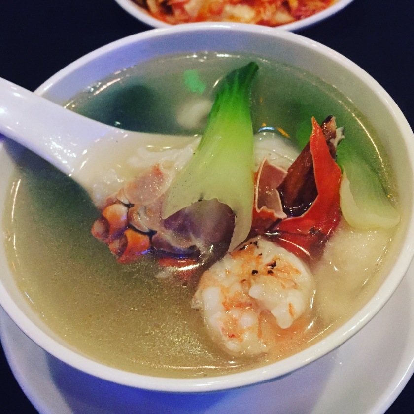 Seafood fire pot soup