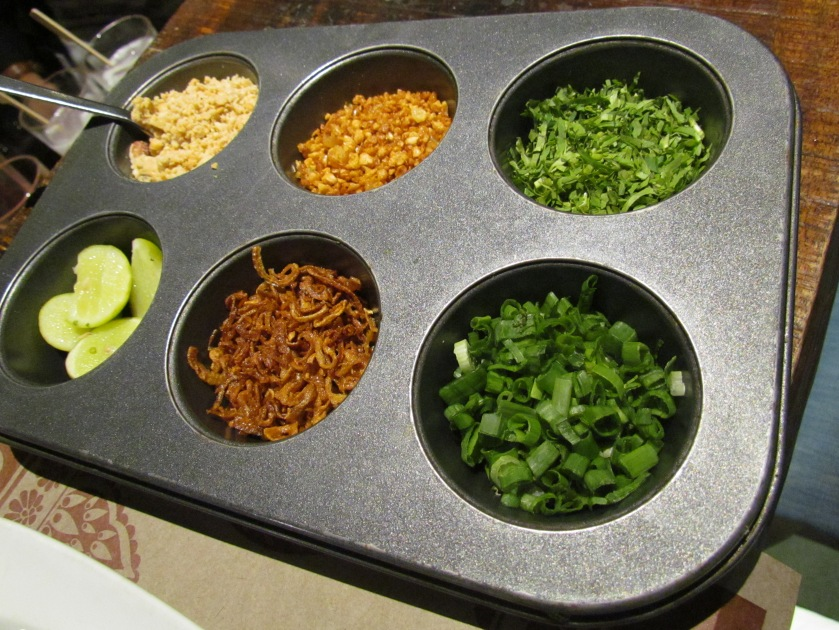 Condiments served with Khao Suey
