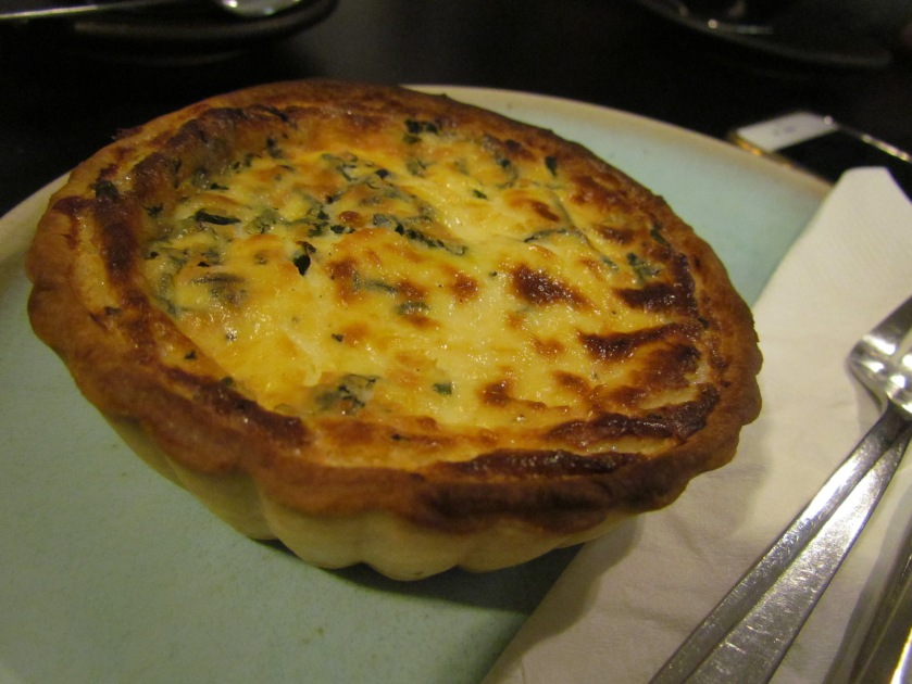 Smoked Chicken & basil quiche